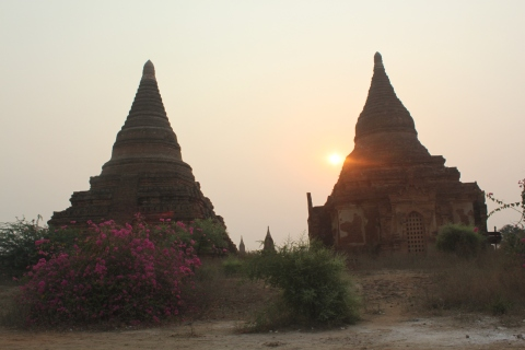 Cycling around the Pagodas of Bagan